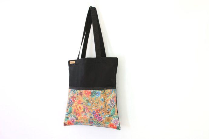Tasche mit einer Aussentasche aus Kork Leder mit Reißverschluss
