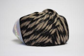 Wolle STRICKEN schwarz taupe